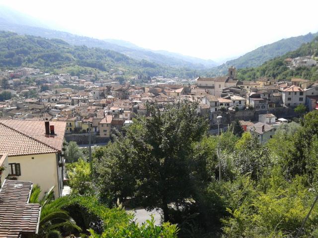 Civitella Roveto (Wikipedia)