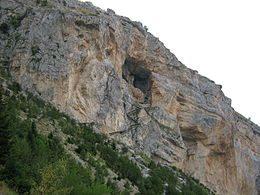 Nel Parco Nazionale della Maiella: la Grotta del Cavallone, ispirazione per d'Annunzio.