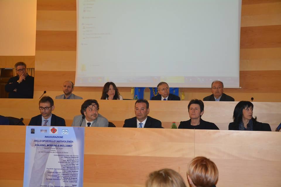 Penne, grande successo per l'inaugurazione dello sportello antiviolenza
