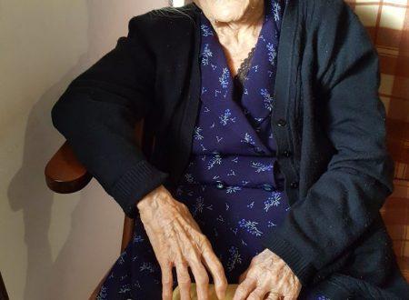 """Tocco da Casauria (Pe): compie 104 anni Stromei Giselda, pronipote del poeta """"ciabattino"""" Domenico Stromei"""