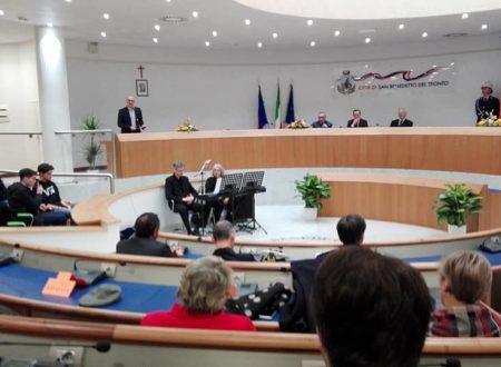 """""""Premio Truentum 2017"""" assegnato ad Uberto Crescenti, rettore emerito dell'Università """"G.D'Annunzio"""""""