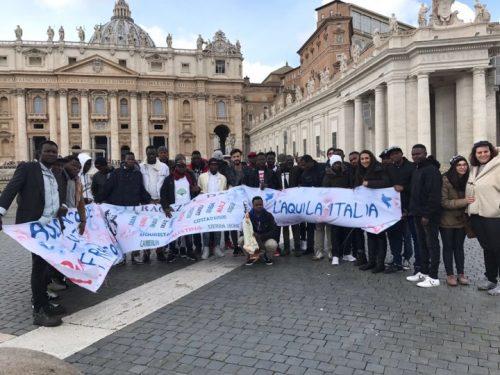 L'Aquila, nuovo gruppo di migranti a Roma per udienza di Papa Francesco
