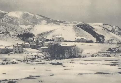 """A Roccaraso """"nasce la prima scuola di sci riconosciuta dalla federazione nel 1931"""""""