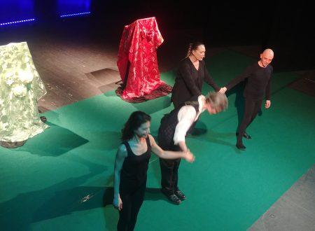 """""""Il Diario di Adamo ed Eva"""" divertente recital di Branchetti sbanca il Teatro Marrucino di Chieti"""