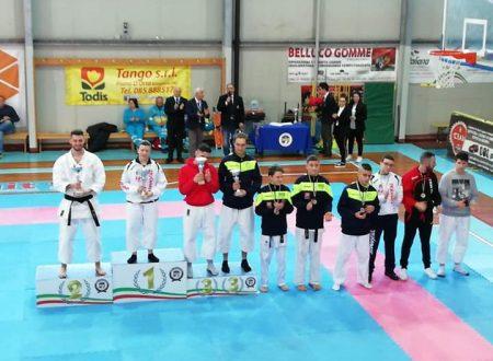 I vincitori del torneo regionale di karate Csen di Torre de' Passeri