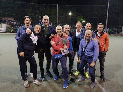 """I vincitori del torneo amatoriale di Calcio a 5 """"Minervello"""""""
