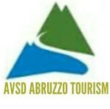 Abruzzo Tourism presente all'Arrosticciere in Piazza di Civitaquana con prodotti del Gran Sasso e della Maiella