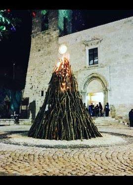 L'antico rito del fuoco nella notte di Natale in Abruzzo