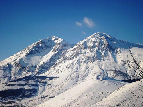Riaffiorano 3 dei 4 corpi scomparsi sotto i  ghiacci del Velino