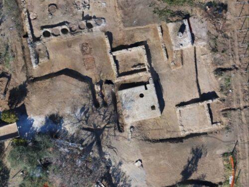 Tollo, ritrovato parte di un pavimento romano a mosaico
